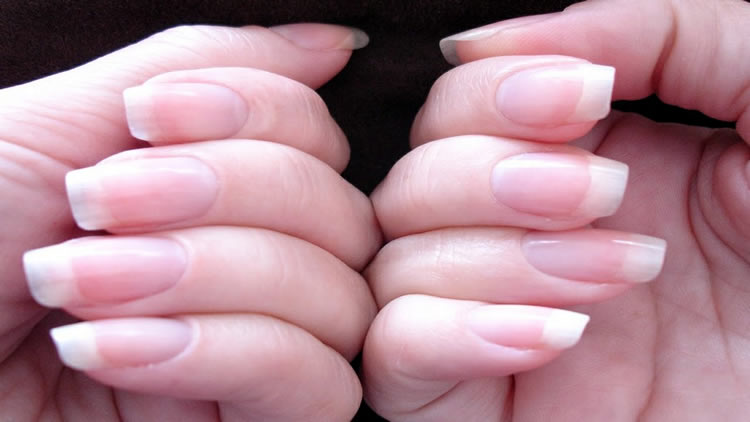 home-remedies-to-get-strong-and-beautiful-nails