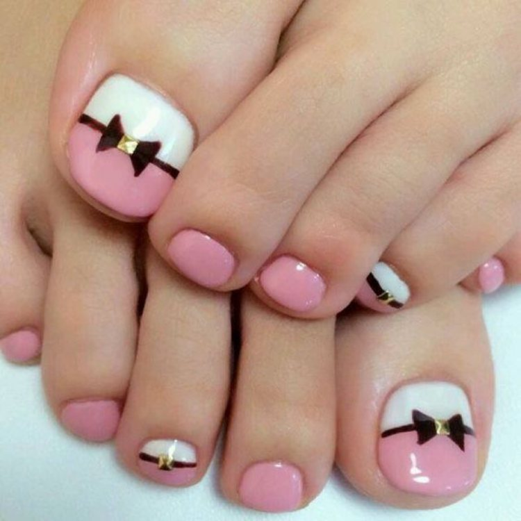 Beautiful toe nails
