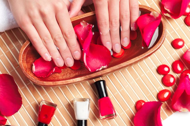 How to Make Your Nails Stronger cover