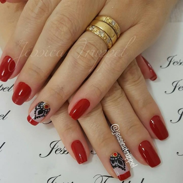 Brazilian nail art fashion