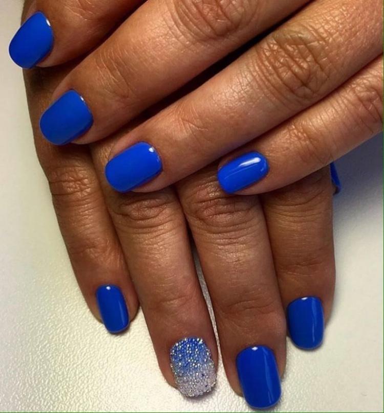 Caviar nails