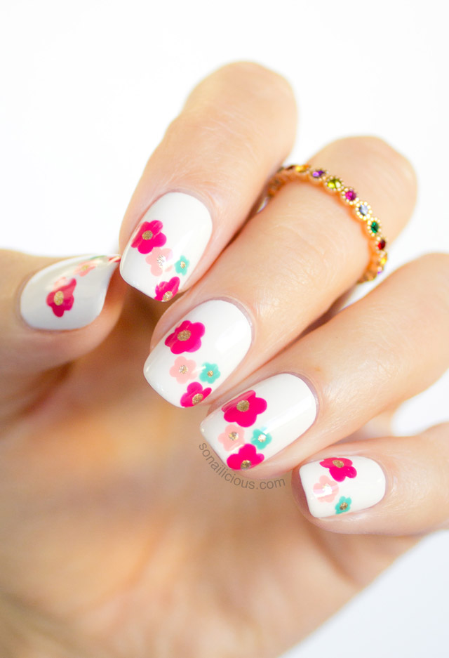 Daisy Nails Pink