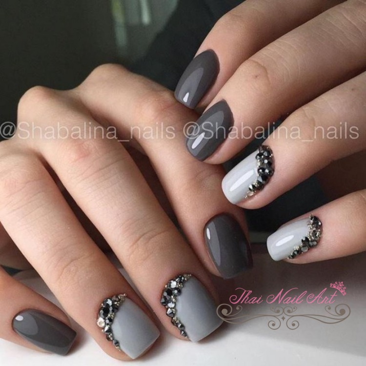 Grey Gel nials