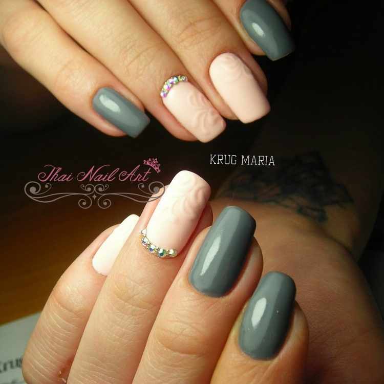Grey Gel nials