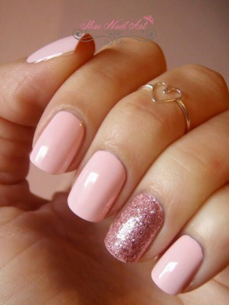 Valentine NailsValentine Nails
